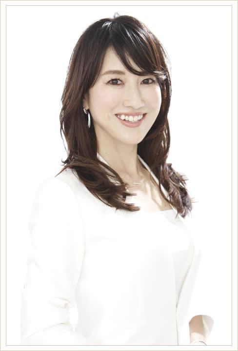 東京銀座のパーソナルカラー診断、メイクスレッスン、顔タイプ診断、骨格診断『ハッピースパイラル』代表 岡田実子